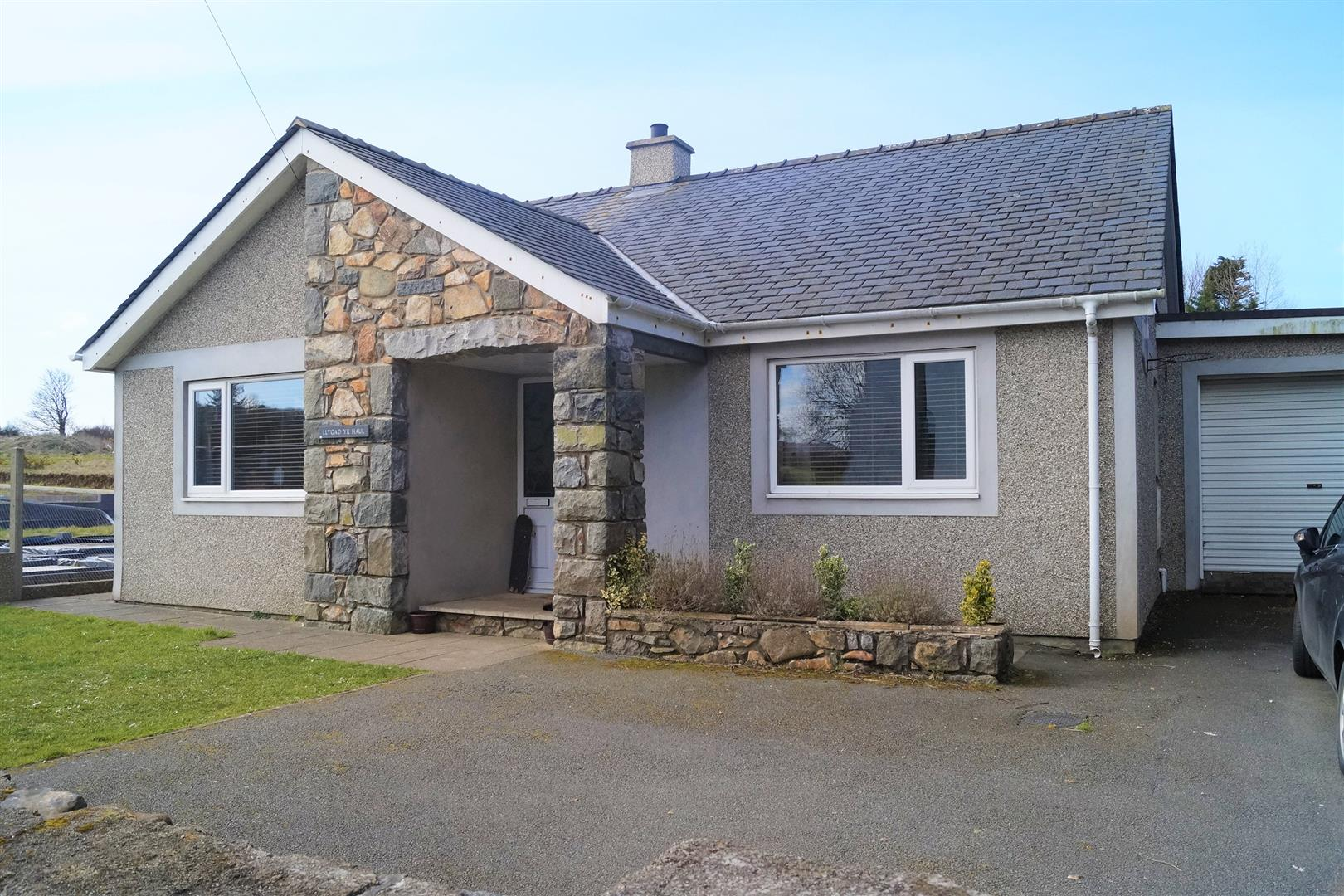 Lon Rhos, Edern - £195,000/Reduced to